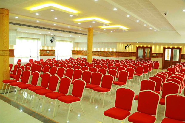 Wedding halls near Guruvayoor temple